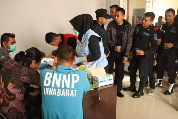 Pejabat dan Pegawai Lapas Jelekong Dites Urine