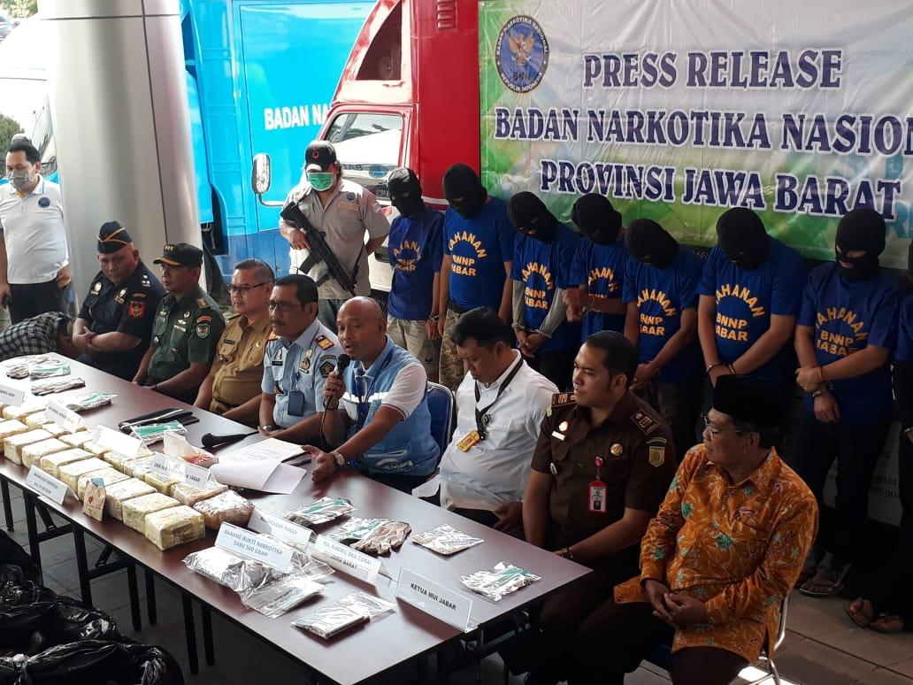 BNNP Jabar Bongkar Sindikat Narkotika Modus Baru