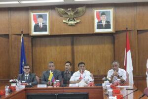 Kepala BNN RI Dampingi Dubes Kolombia Kunjungi Industri Strategis di Bandung
